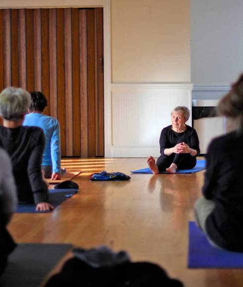 Lilo Foster teaching yoga